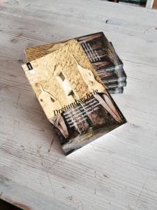 Foto  Das Buch ist erschienen